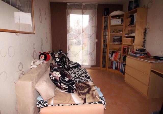 neuwertiges traumhaus in guter lage 18032014